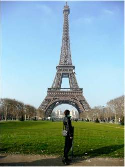 Visiting Paris for students